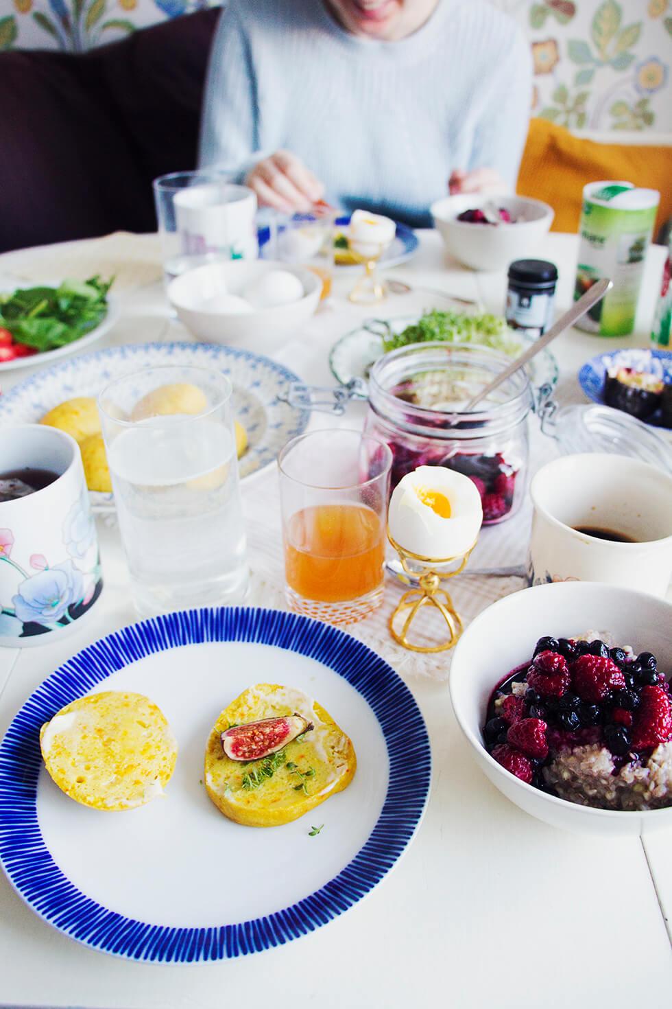 frukost_saffransscones_bovetegröt_hjortronglögg_3