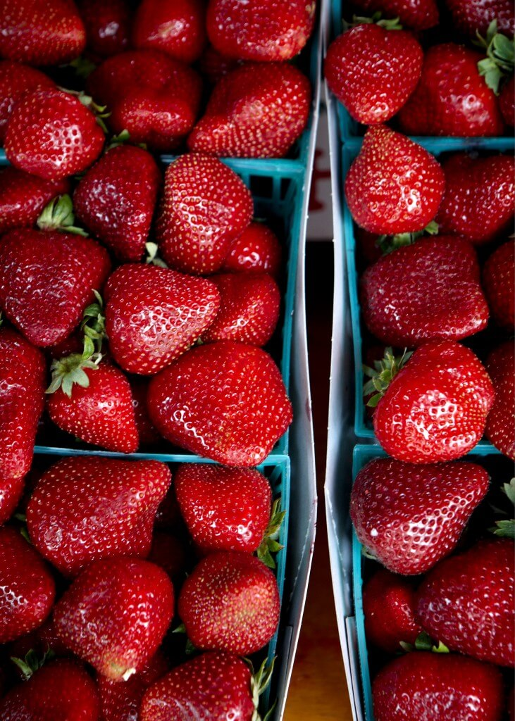Chiapudding med jordgubbar