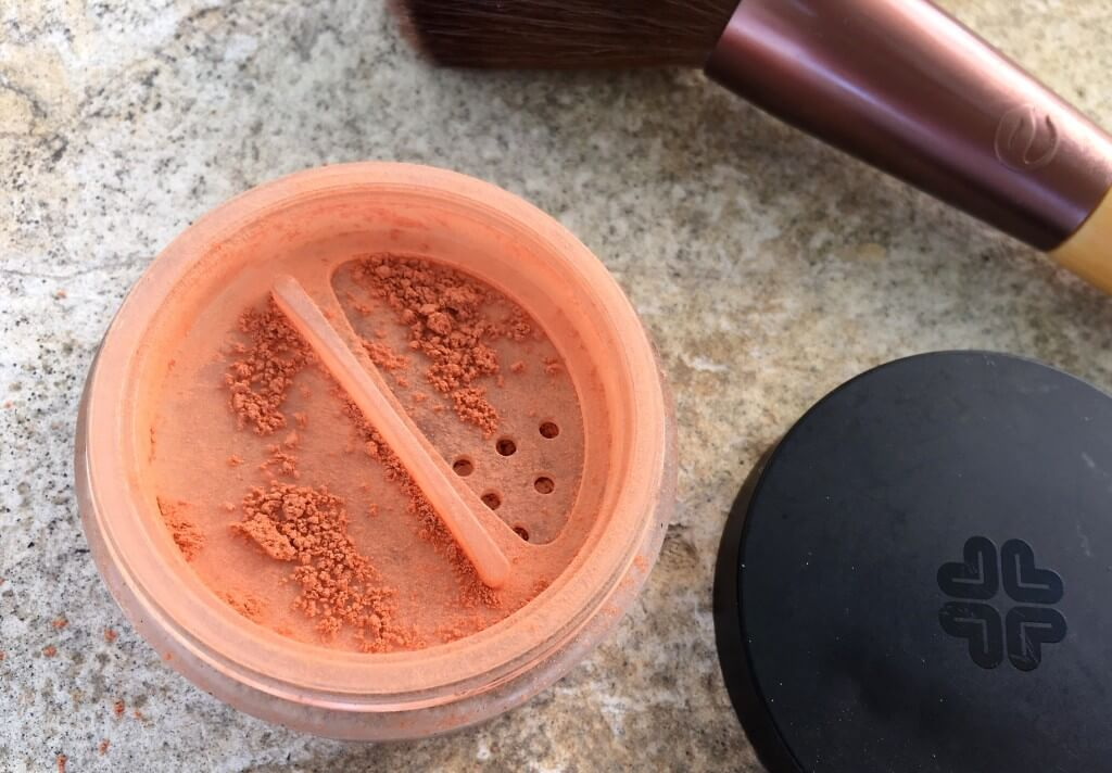 Mineral Blush Lily Lolo 1