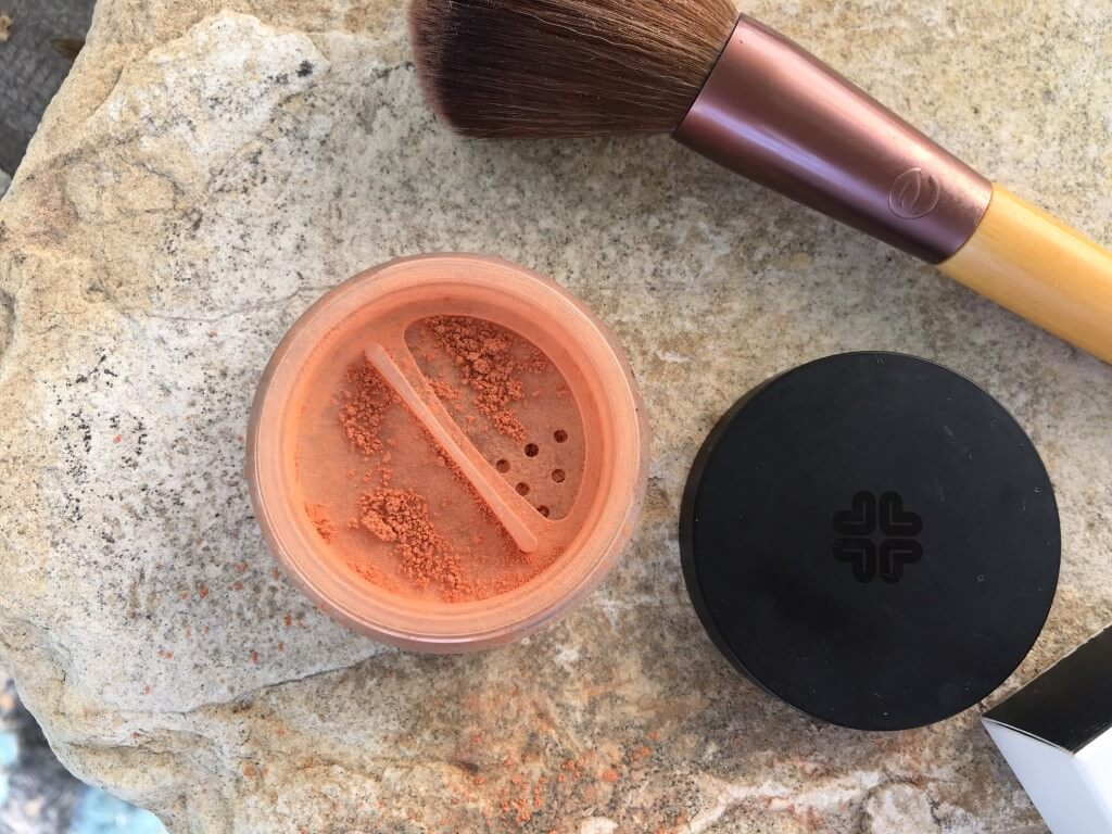 Mineral Blush Lily Lolo 2