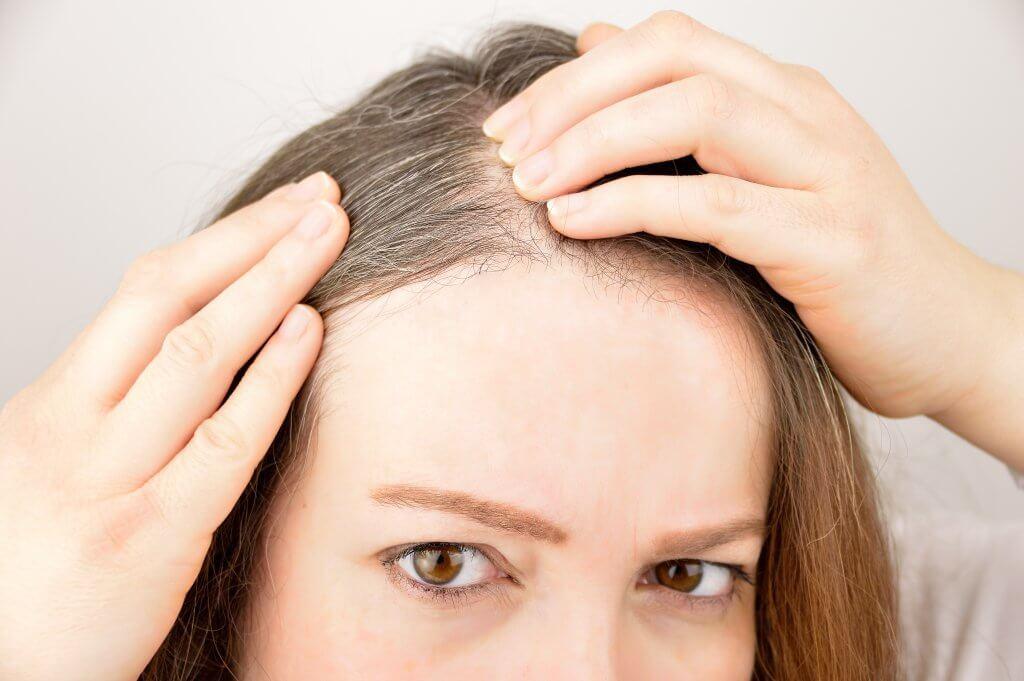 färga grått hår till blont
