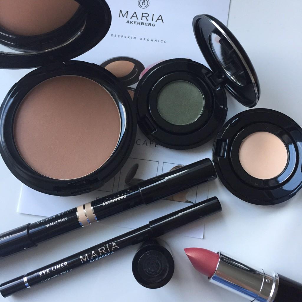 Maria Åkerberg makeup