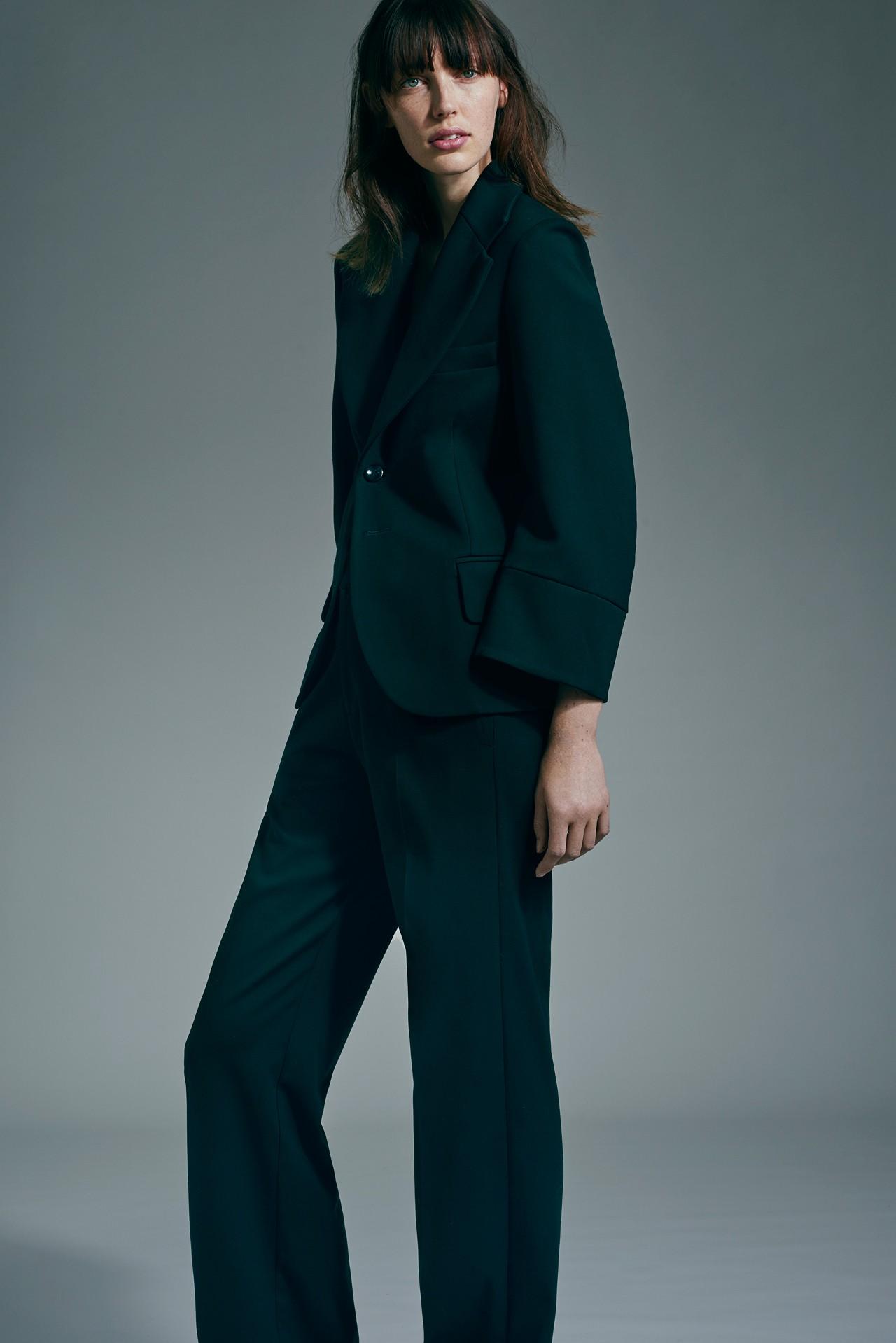 4cfe5c41b055 Australiska Bassike gör så grymt snygga kläder. Endast i ekologiska  material. De finns tyvärr inte i Sverige, och de är inte så  plånboksvänliga, ...