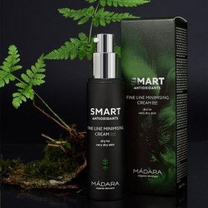 madara-madara-smart-antioxidants-fineline-minimisi